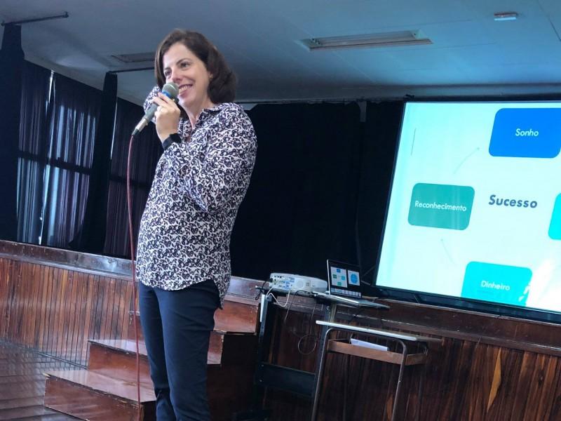 Colégio Castro Alves - Encontro com as turmas do Ensino Médio
