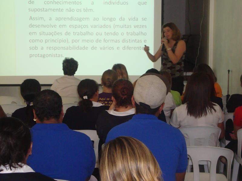 Colégio Miranda : Formação de Educadores: Trabalho e Formação