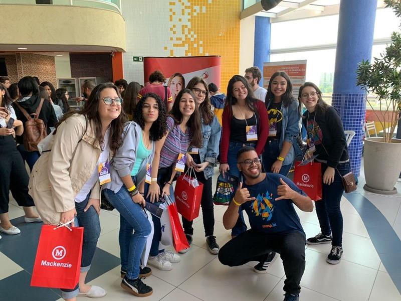 Colégio Adventista de Vila Matilde - 3º Feira de Profissões - Associação Paulista Leste