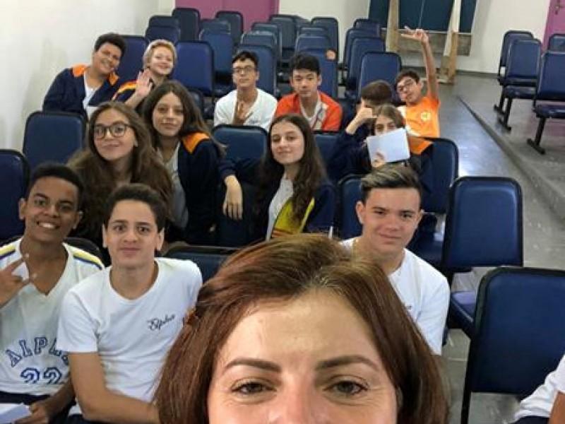 Colégio Alpha Aruja - Projeto de vida, mercado de trabalho e curriculo